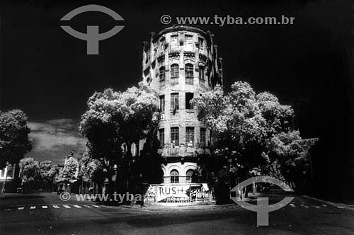 Edício antigo na Lapa - centro da cidade do Rio de Janeiro - RJ - Brasil  - Rio de Janeiro - Rio de Janeiro - Brasil