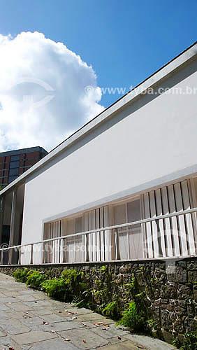 Instituto Moreira Salles - Gávea - Rio de Janeiro - RJ - Projetado pelo arquiteto Olavo Redig de Campos no final da  década de 40 - Dezembro de 2007  - Rio de Janeiro - Rio de Janeiro - Brasil