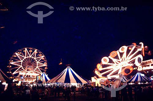 Parque de diversões - Roda gigante, circo e outras atrações / Data: 1996