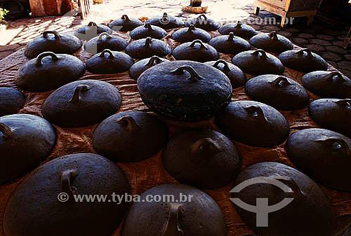Artesanato em cerâmica - Panelas de barro - Vitória - ES  - Vitória - Espírito Santo - Brasil