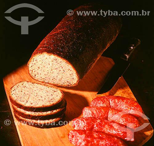 Pão e linguiça