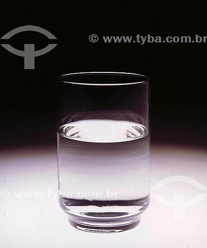 Bebida - copo de água