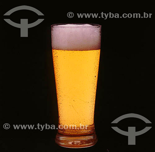 Bebida alcoólica - chopp tulipa