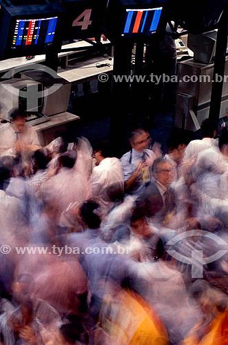 BOVESPA (Bolsa de Valores de São Paulo), mostrando operadores trabalhando - São Paulo - SP - Brasil  - São Paulo - São Paulo - Brasil