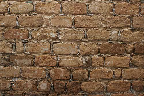 Muro de adobe do Pouso da Chica -Pousada em Diamantina - MG - Brasil  - Diamantina - Minas Gerais - Brasil
