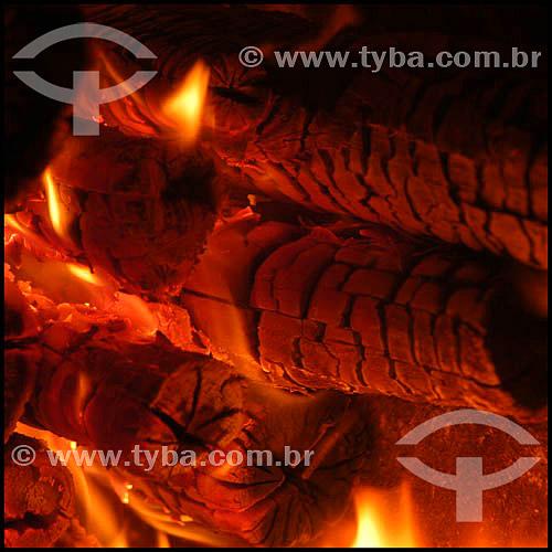 Efeito visual: forno da Padaria São Domingos - Bairro do Bexiga - São Paulo - SP - Brasil - 25-01-2004.     - São Paulo - São Paulo - Brasil