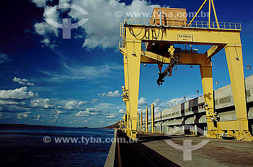 Industrial - Lago de Sobradinho (um dos maiores lagos artificiais do mundo) - UsinaHidroelétrica de Sobradinho - BA - Brasil  - Sobradinho - Bahia - Brasil