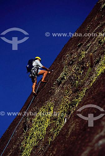 Alpinista no Morro da Babilônia - Rio de Janeiro - RJ - Brasil  - Rio de Janeiro - Rio de Janeiro - Brasil