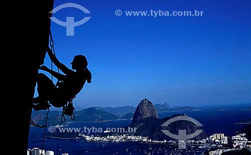 Alpinismo no Mirante Dona Marta com Pão de Açúcar ao fundo - Rio de Janeiro - RJ - Brasil  - Rio de Janeiro - Rio de Janeiro - Brasil