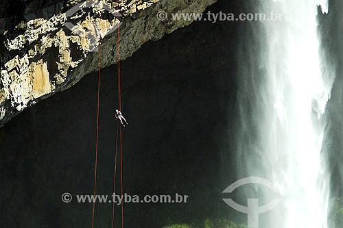 Rappel na Cachoeira do Caracol - Canela - RS - Brasil  - Canela - Rio Grande do Sul - Brasil
