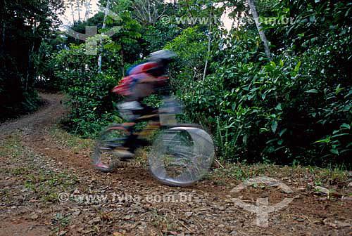 II Segunda etapa do campeonato catarinense de downhill - Mountain bike  - Balneário Camboriu - Santa Catarina - Brasil - Abril de 2006  - Balneário Camboriú - Santa Catarina - Brasil