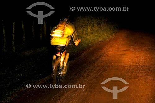 Mountain Bike - Corrida de aventuras