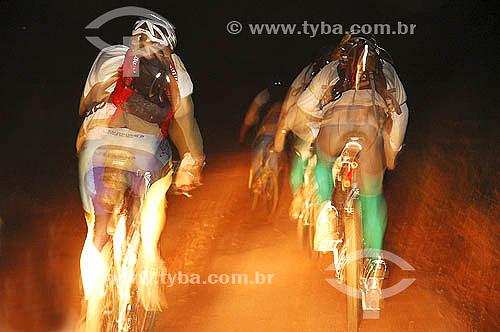 Mountain Bike - Corrida de aventuras, Brasil Wild 2005 Etapa Serra da Canastra - Minas Gerais - Brasil - Maio de 2005  - Santa Terezinha - Minas Gerais - Brasil