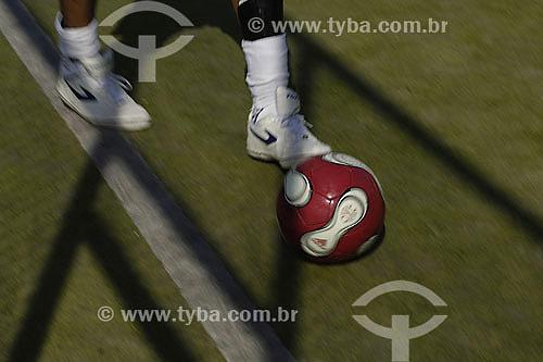 Futebol - Grama sintética