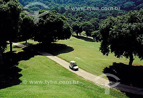 Carro em campo de Golf - Gávea Golf Club em São Conrado – Rio de Janeiro - RJ  - Rio de Janeiro - Rio de Janeiro - Brasil