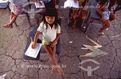 Educação - alfabetização de índios - Santa Maria Velha - Rio Negro - AM - Amazônia - Brasil  - Amazonas - Brasil
