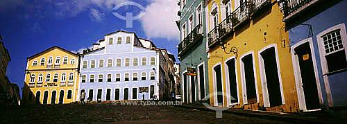 Casarios multicoloridos do Pelourinho com o Museu da Cidade e a Fundação Casa de Jorge Amado ao fundo - Salvador  - BA - Brasil   A cidade é Patrimônio Mundial pela UNESCO desde 06-12-1985.  - Salvador - Bahia - Brasil