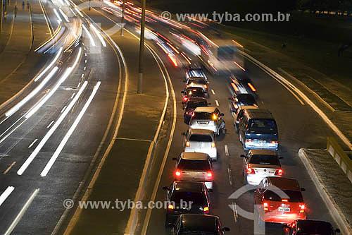 Avenida Adelaide Fernandes da Costa no bairro Costa Azul - Salvador - BA - Brasil  - Salvador - Bahia - Brasil