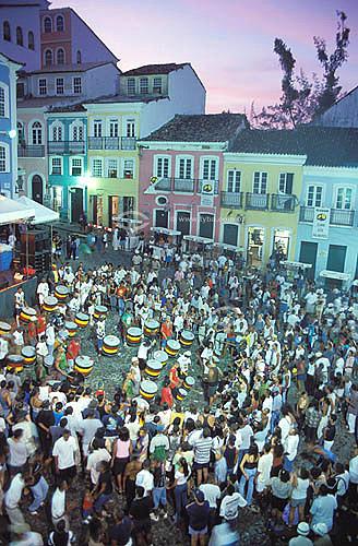 Apresentação do Olodum (música e dança) no Pelourinho - Salvador - Bahia - Brasil  - Salvador - Bahia - Brasil