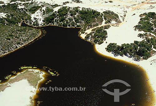 Vista aérea da Lagoa de Abaeté, com sua areia branca e águas negras - Salvador - Bahia - Brasil  - Salvador - Bahia - Brasil
