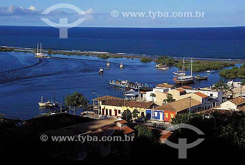 Coroa Vermelha, Baía de Cabrália, local onde desembarcou Cabral e onde foi realizada a primeira missa no Brasil, Porto Seguro, litoral sul da BahiaData: outubro 2000