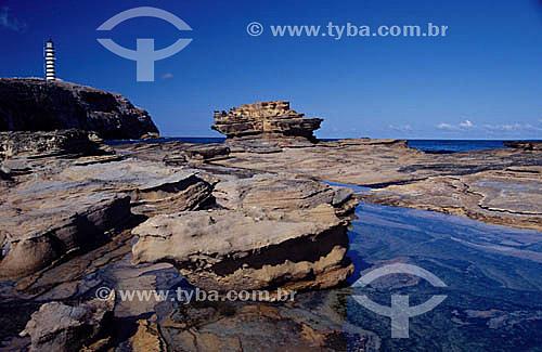 Farol na Ilha de Santa Bárbara  - Arquipélago de Abrolhos  - Costa das Baleias - BA - Brasil  O Parque Nacional Marinho de Abrolhos foi criado em 6 de abril de 1983.  - Caravelas - Bahia - Brasil