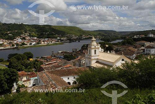 Vista geral do rio Paraguaçú dividindo as vilas de Cachoeira e São Felix - BA - Brasil - 05/2007  - São Félix - Bahia - Brasil