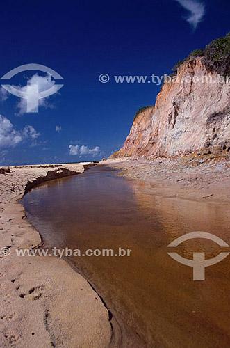 Falésias de Prado - Costa das Baleias - litoral sul da Bahia State - Brasil  - Prado - Bahia - Brasil