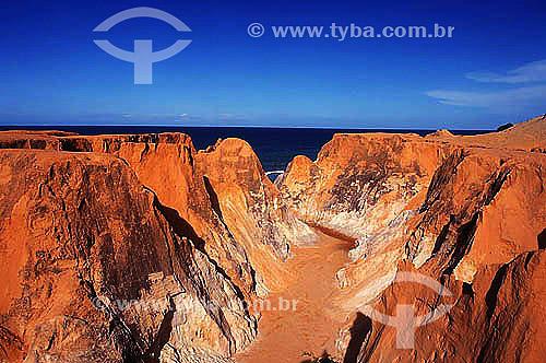 Labirinto -  Morro Branco - Litoral do Ceará  - Brasil  - Beberibe - Ceará - Brasil