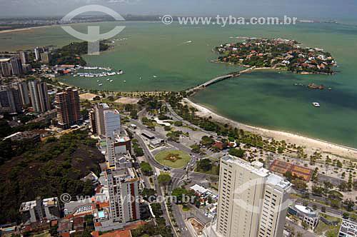 Vista aérea de Vitória, A esquerda, Praia do canto com Iate Clube e Ilha do Frade - ES - Nov.2006.  - Vitória - Espírito Santo - Brasil