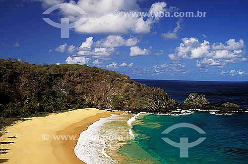 Praia do Sancho - Arquipélago de Fernando de Noronha - Pernambuco - Brasil  O arquipélago Fernando de Noronha é Patrimônio Mundial pela UNESCO desde 16-12-2001.  - Fernando de Noronha - Pernambuco - Brasil