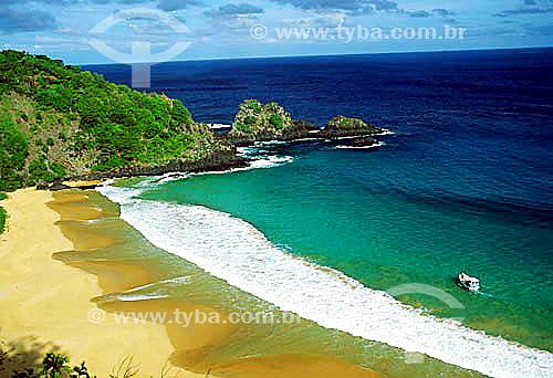 Baía do Sancho - Fernando de Noronha  - PE - Brasil  O arquipélago Fernando de Noronha é Patrimônio Mundial pela UNESCO desde 16-12-2001.  - Fernando de Noronha - Pernambuco - Brasil