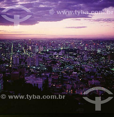 Vista aérea de Belo Horizonte ao entardecer - MG - Brasil  - Belo Horizonte - Minas Gerais - Brasil