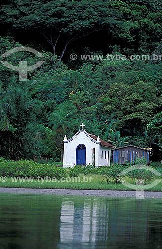 Pequena igreja - Vila de Superagüi - Paraná - Brasil / Data: 12/1997