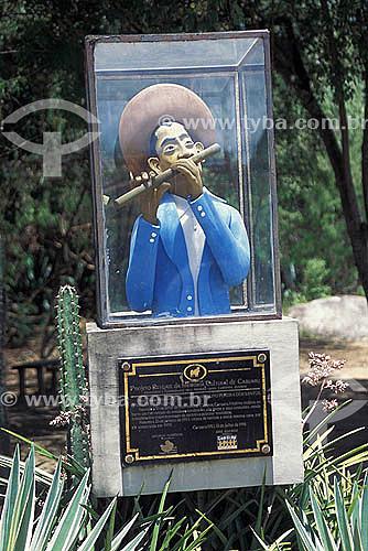 Estátua - Museu Mestre Vitalino - Alto do Moura - Caruaru - Pernambuco - Brasil  - Caruaru - Pernambuco - Brasil