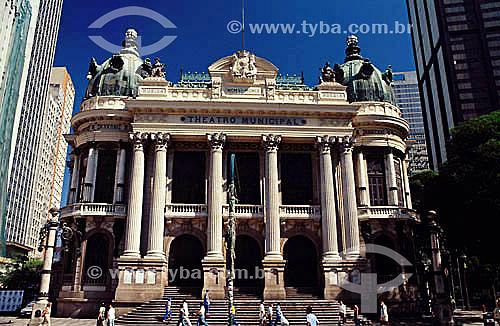 Teatro Municipal (ou Theatro Municipal)  - Centro da cidade do Rio de Janeiro - RJ - Brasil   Inspirado na Ópera de Paris o teatro foi inaugurado em 1909. é Patrimônio Histórico Nacional desde 21-05-1952.   - Rio de Janeiro - Rio de Janeiro - Brasil