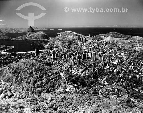 Vista de Botafogo - Pão de Açúcar ao fundo - vista do Mirante Dona Marta  - Rio de Janeiro - Rio de Janeiro - Brasil
