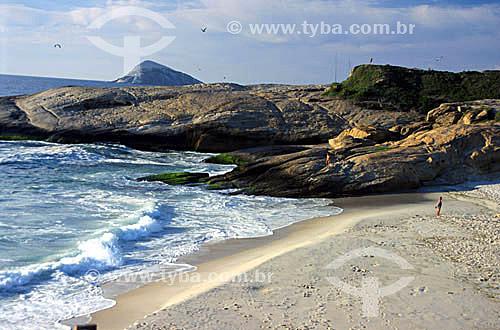 Praia do Diabo com a pedra do Arpoador - Rio de Janeiro - RJ - Brasil  - Rio de Janeiro - Rio de Janeiro - Brasil