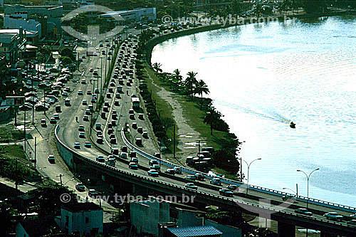 Elevado do Joá sobre o Canal de Marapendi, na entrada da Barra da Tijuca - Rio de Janeiro - RJ - Brasil  - Rio de Janeiro - Rio de Janeiro - Brasil