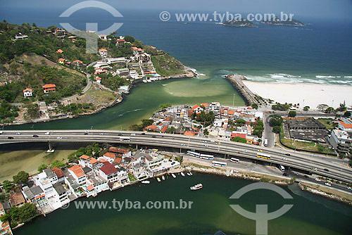 Vista aérea do Elevado do Joá sobre o Canal de Marapendi, na entrada da Barra da Tijuca - Rio de Janeiro - RJ - Brasil - Setembro de 2007  - Rio de Janeiro - Rio de Janeiro - Brasil