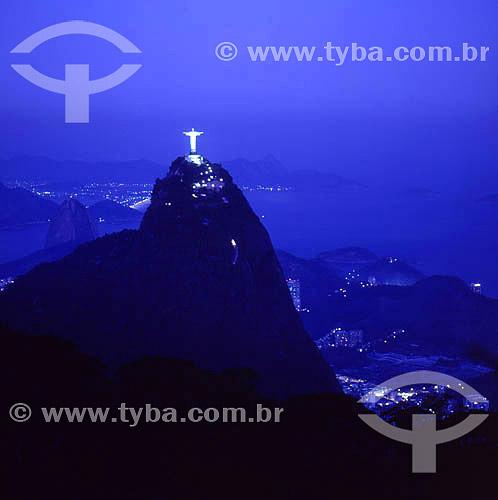 Cristo Redentor à noite - Rio de Janeiro - RJ - Brasil  - Rio de Janeiro - Rio de Janeiro - Brasil
