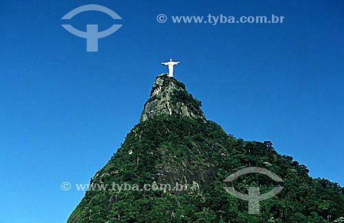 Cristo Redentor sobre o Morro do Corcovado - Rio de Janeiro - RJ - Brasil  - Rio de Janeiro - Rio de Janeiro - Brasil