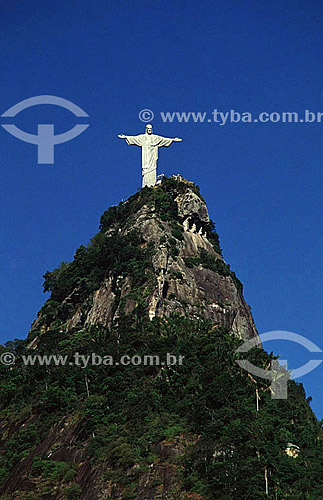 Vista aérea do Cristo Redentor sobre o Morro do Corcovado - Rio de Janeiro - RJ - Brasil  - Rio de Janeiro - Rio de Janeiro - Brasil
