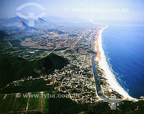 Vista aérea da Praia de Itaipuaçú - Região oceânica de Niterói - Rio de Janeiro - RJ - Brasil  - Niterói - Rio de Janeiro - Brasil