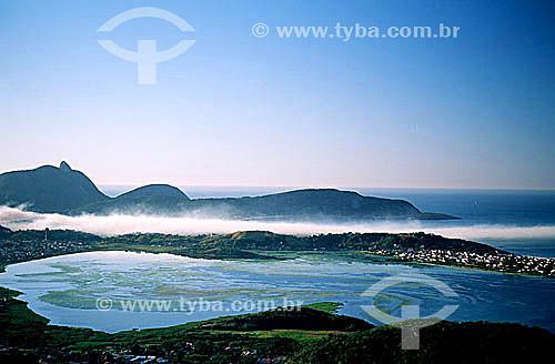 Vista aérea da Lagoa e Praia de Piratininga - Niterói - Rio de Janeiro - RJ - Brasil / Data: 06/2001