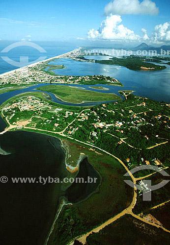 Vista aérea das lagoas e restinga da APA - Área de Proteção Ambiental de Maricá - Costa do Sol - Região dos Lagos - RJ - Brasil  - Maricá - Rio de Janeiro - Brasil