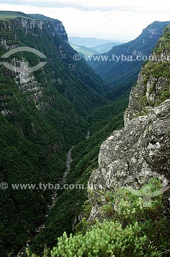 Canyon Fortaleza - perto de Cambará do Sul - RS - Brasil  - Cambará do Sul - Rio Grande do Sul - Brasil