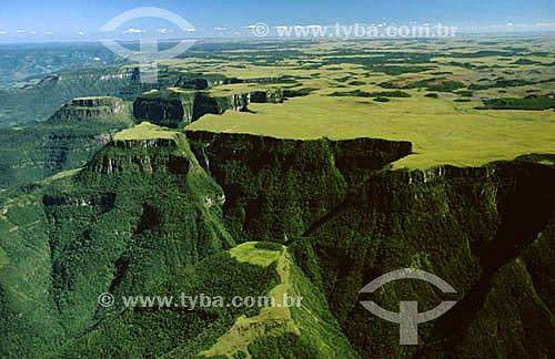 Assunto: Canyon Itaimbezinho / Local: Aparados da Serra - RS - Brasil / Data: 1996