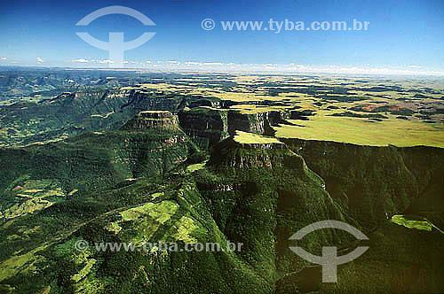 Assunto: Canions de Aparados da Serra / Local: Rio Grande do Sul - Brasil / Data: 1996