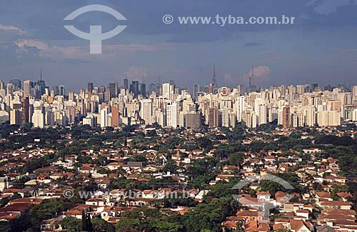 Vista do Itaim e região da Av. Paulista com skyline da cidade de São Paulo - SP- Brasil - 12/1999  - São Paulo - São Paulo - Brasil